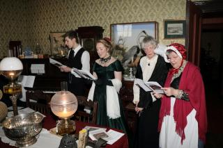 Victorian Family Christmas