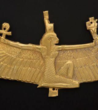 Gold and the Gods					 					Jewels of Ancient Nubia