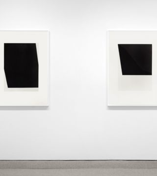 REDUCE, REPEAT, REUSE: Peter Downsbrough, Ellsworth Kelly, Robert Moskowitz
