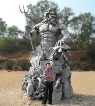 KING NEPTUNE (15ft tall)