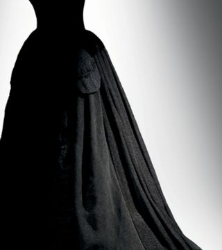 Death Becomes Her A Century of Mourning Attire